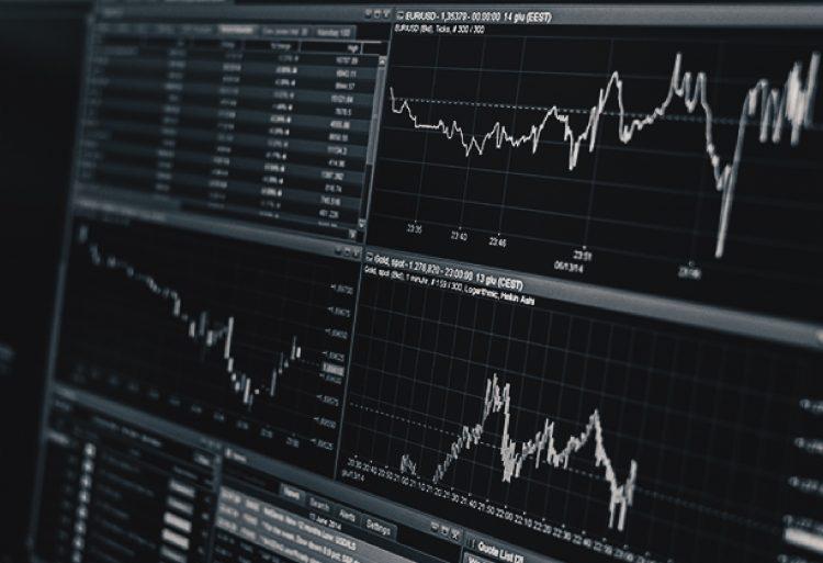 """ประวัติ RS ปี 2546 จัดทะเบียนในตลาดหลักทรัพย์เปลี่ยนชื่อเป็น """"บริษัท อาร์เอส จำกัด (มหาชน)"""""""